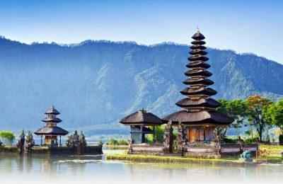 Bedugul Tour - Danau Beratan - BaliWisatatTravel.com