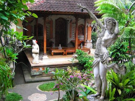 rumah adat bali - BaliWisataTravel.com